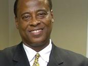 Doktor Conrad Murray, ošetřující lékař Michaela Jacksona