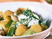 Vegetariánský guláš s houbami a zeleninou