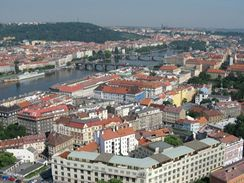 Nov� otev�en� hotel Park Inn Prague.
