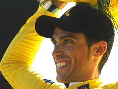 Alberto Contador slav� sv�j druh� triumf na Tour de France