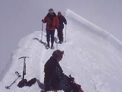 Výstup na Mont Blanc (4 810 m). Sestup po vrcholovém hřebenu