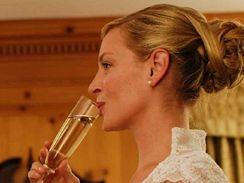 Z filmu Vdaná snoubenka