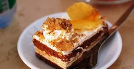 Zákusek v lednické Cafeterii