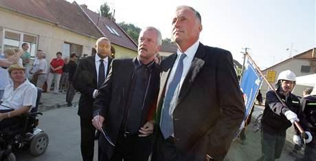 Mirek Topolánek zahájil volební kampaň na Jižní Moravě v Mokré-Horákově