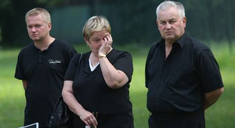 Lidé si připomněli vlakové neštěstí, které se stalo před rokem ve Studénce na Novojičínsku. (8. 8. 2009)