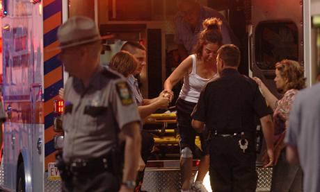 Žena, která byla v pensylvánské posilovně ve chvíli, kdy tam neznámý útočník střílel. (5.8.2009)
