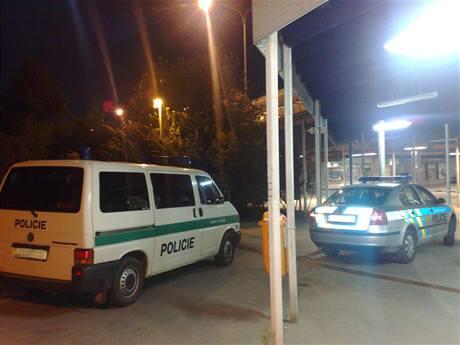Policie u přepadeného hernabaru ve Stodůlkách