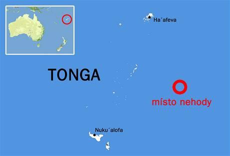 Mapa místa nehody potopeného trajektu u souostroví Tonga v Tichém oceánu.