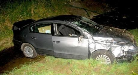 Řidička spadla s autem z mostu ve Strání na Uherskohradišťsku