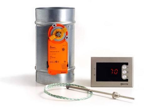 Automatická regulace hoření optimalizuje proces spalování v krbových vložkách, výrazně tak šetří palivo a prodlužuje intervaly přikládání