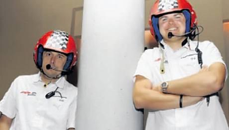 ÚSPĚŠNÝ TANDEM. Juniorský mistr světa v rallye Martin Prokop (vpravo) a navigátor Jan Tománek.