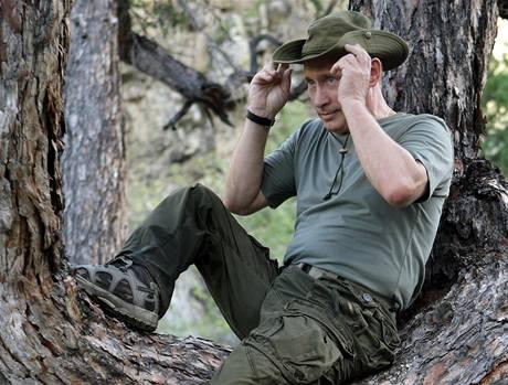 Ruský premiér Vladimir Putin při svém výletu na Sibiř (3. srpna 2009)