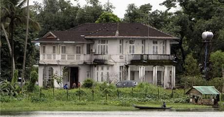 Dům, kde si Su Ťij odpykává trest domácího vězení