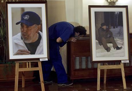 Výstava na počest Fidela Castra zachycuje bývalého prezidenta v různých životních okamžicích (13.8.2009)
