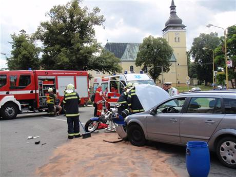 Srážka tříkolky a opelu ve Vizovicích (9.8. 2009)