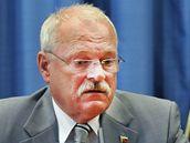 Slovenský prezident Ivan Gasparovič se slovenskou vládou rozhodli o státním smutku a o pomoci pozůstalým. (11. srpna 2009)