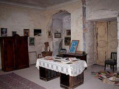 Letovice, zámecká knihovna – na pravé straně vidíte zdejší unikátní způsob umístění knih