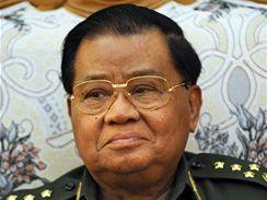 Šéf barmské junty generál Than Šwei