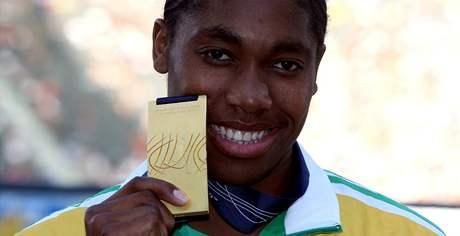 Caster Semenayov� se zlatou medail� na 800 metr� z MS v Berl�n�