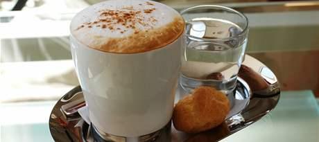 Cappuccino v Incafé