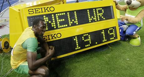 Usain Bolt u tabule s rekordn�m �asem 19,19 na 200 metr�