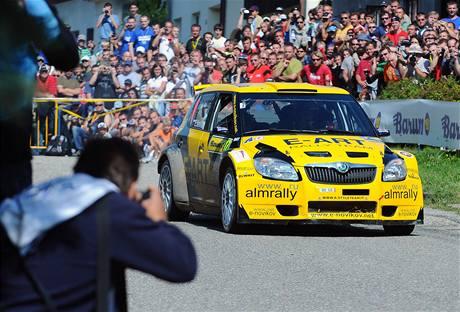 Novikov s vozem Škoda Fabia na Barum rallye