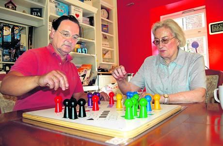 Maxi figurky na magnetické podložce drží i na nakloněném stole