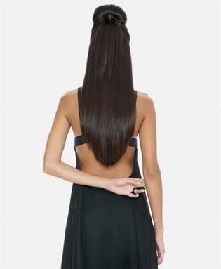 Vlasy prodloužené metodou Hairdreams