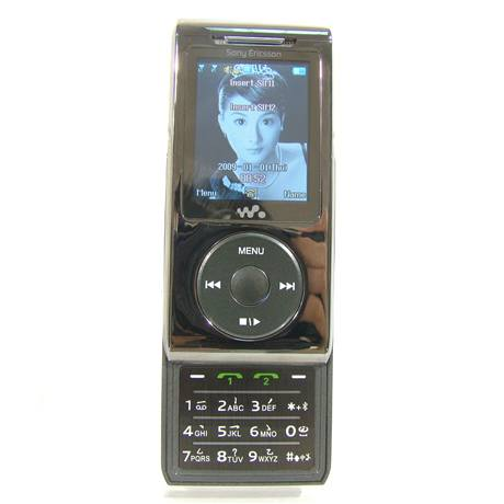 SoniPhone C908