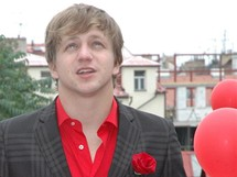 Tomáš Klus při natáčení nového videoklipu k písni VeSmíru