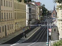 Husova ulice je znovu připravena na provoz.