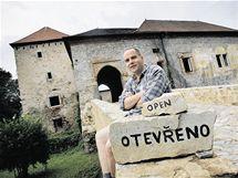 Martin Halada a horn� st�edov�k� tvrz v Kest�anech