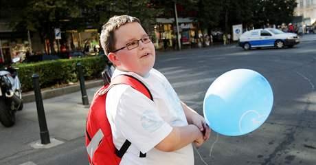 Dvanáctiletý Miki chodí diskutovat s politiky na akce ODS