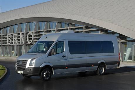 Stříbrný minibus