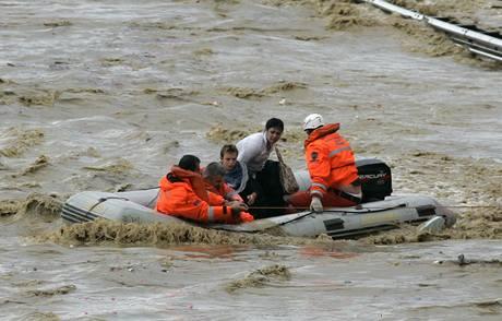 Povodně v Turecku si vyžádaly nejméně 28 mrtvých (9.9.2009)