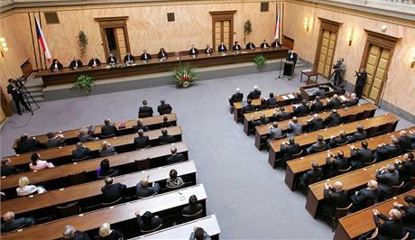 Ústavní soud v Brn�.