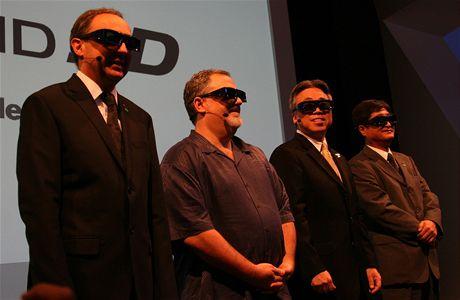 IFA 2009 - den 0, osazenstvo Panasonicu a John Landau