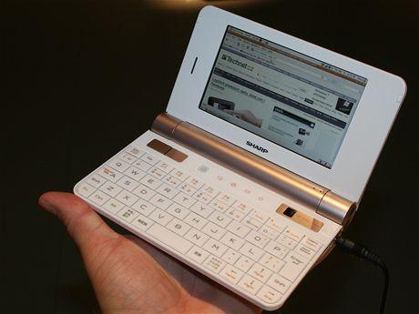 IFA 2009 - Sharp Z1