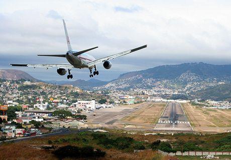Toncontín Airport, Tegucigalpa, Honduras