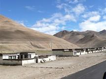Expedice Sulovského postupuje Tibetem k Cho Oyu. Náhorní plošina