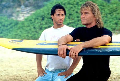 Patrick Swayze a Keanu Reeves (vlevo) ve filmu Bod zlomu (1991)