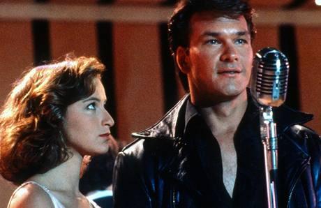 Patrick Swayze a Jennifer Grayová ve filmu Hříšný tanec (1987)