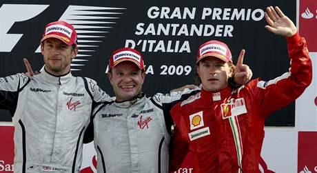 Tři nejlepší ve VC Itálie: zleva Jenson Button, Rubens Barrichello a Kimi Räikkönen