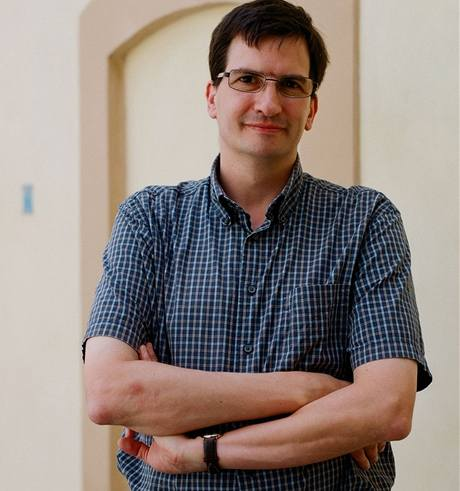 Jonathan Bolton, profesor, katedra slavistiky Harvardova univerzita, překladatel z češtiny