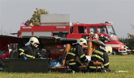Cvičení záchranářů s námětem pádu letadla u Třebíče (16.9.2009)