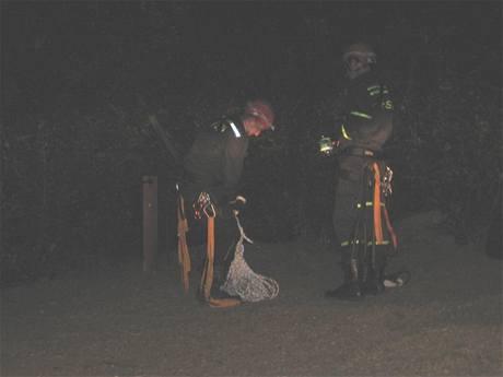 Noční zásah hasičů v lomu Amerika na Berounsku (16.9. 2009)