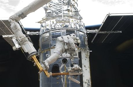 Hubble z Atlantisu - 004
