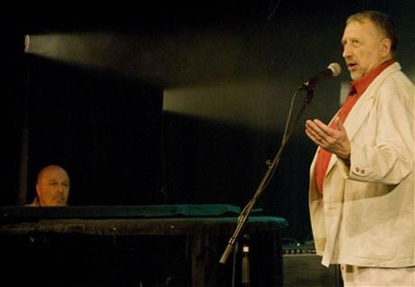 z koncertu k sedmdesátinám Petra Skoumala, 8. 3. 2008 (Petr Skoumal, Jan Vodňanský)
