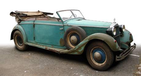 Mercedes 320B, ve kterém seděl Reinhard Heydrich v době atentátu.