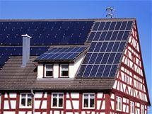 Na střeše domu můžete kombinovat různá solární zařízení